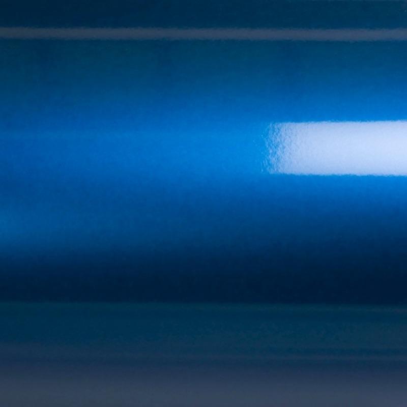 niebieski metalik grafiwrap wylewany do zmiany koloru samochodu